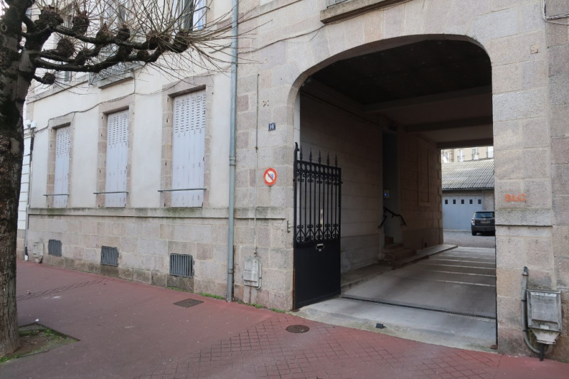 Location local commercial Limoges 700€ CC - Photo 3