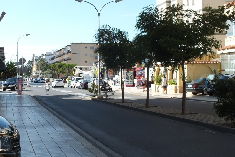 Sale parking spaces Roses santa-margarita 31000€ - Picture 1