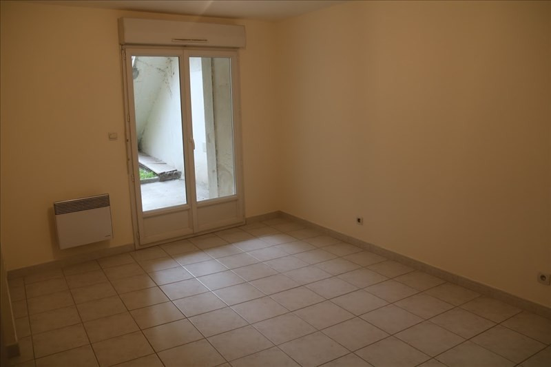 Location appartement Lunel 665€ CC - Photo 4