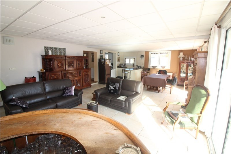 Deluxe sale house / villa Bouc bel air 609 000€ - Picture 2
