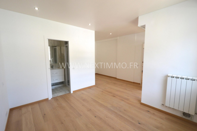 Deluxe sale apartment Beaulieu-sur-mer 1 160 000€ - Picture 5