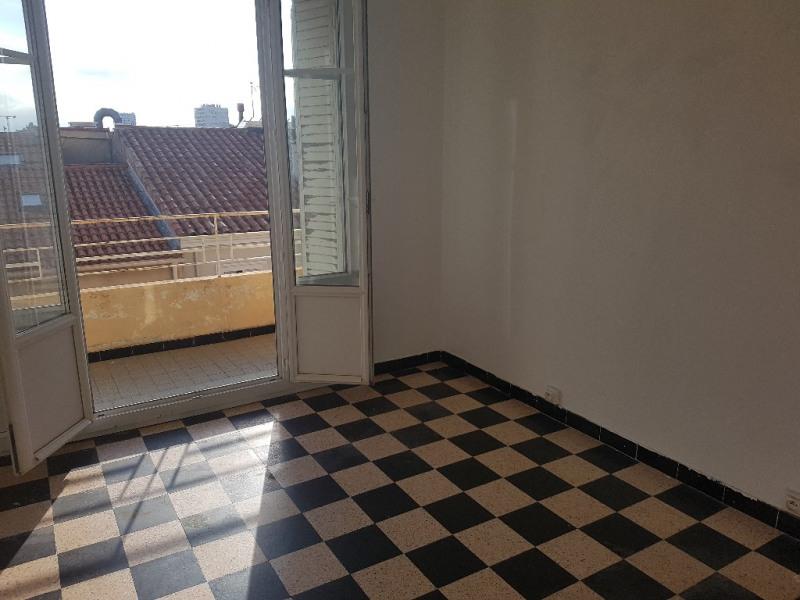 Location appartement Toulon 674€ CC - Photo 2