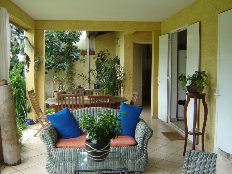 Location maison / villa La possession 1 351€ CC - Photo 7