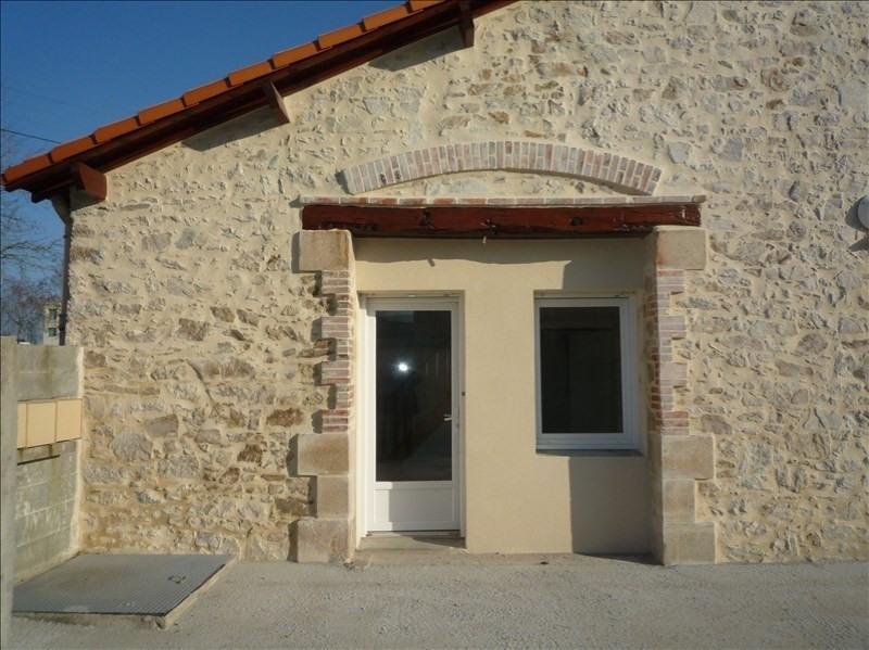 Location appartement La roche sur yon 361€ CC - Photo 3