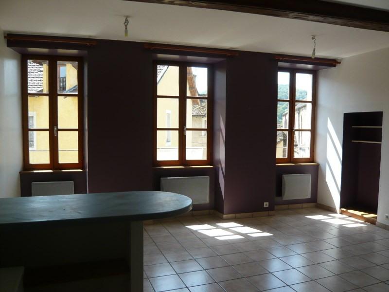 Rental apartment Cremieu 582€ CC - Picture 2