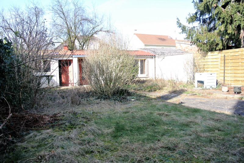 Sale house / villa Beauchamp 273000€ - Picture 7