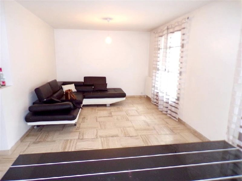 Sale apartment Ste genevieve des bois 298200€ - Picture 2