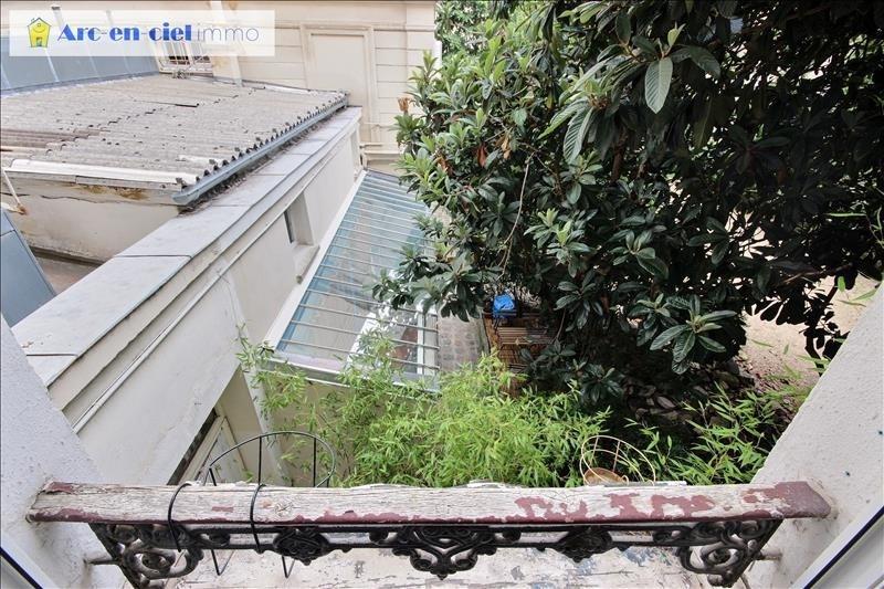 Verhuren  appartement Paris 9ème 1095€ CC - Foto 2
