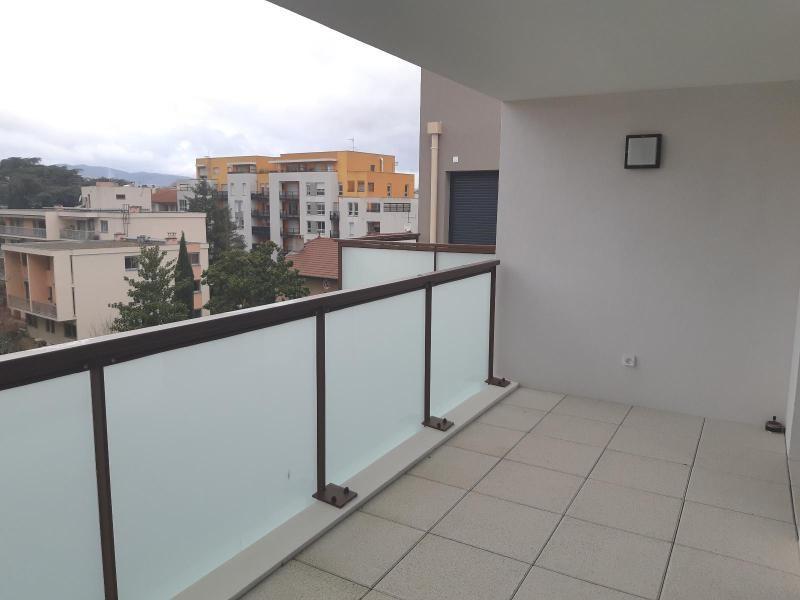 Location appartement Villefranche sur saone 750€ CC - Photo 9