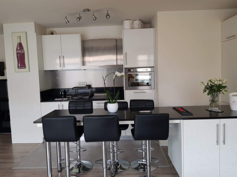 Sale apartment Villevaudé 209990€ - Picture 3