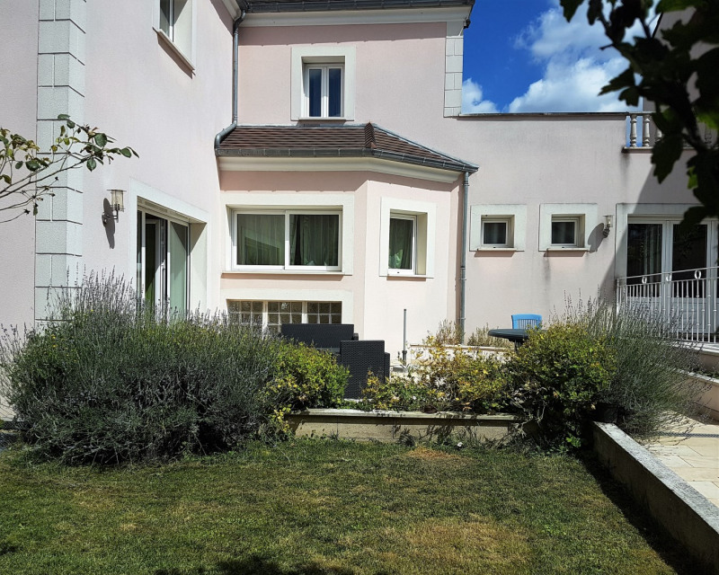 Vente maison / villa Montmagny 680 000€ - Photo 2