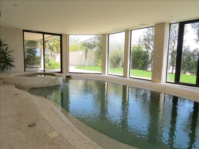 Deluxe sale house / villa Le mesnil le roi 1890000€ - Picture 10