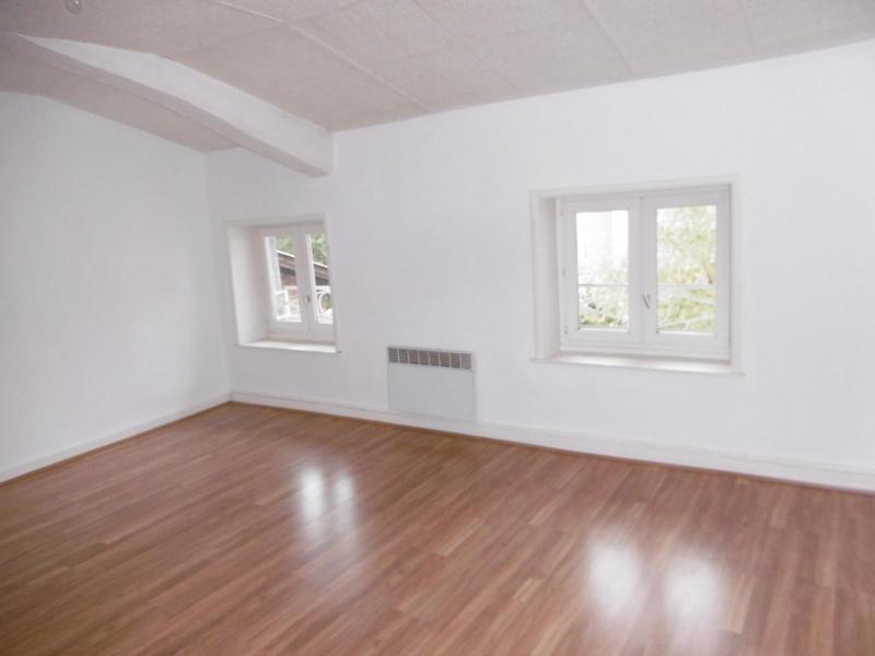 Location appartement Pontcharra / turdine 395€ CC - Photo 3