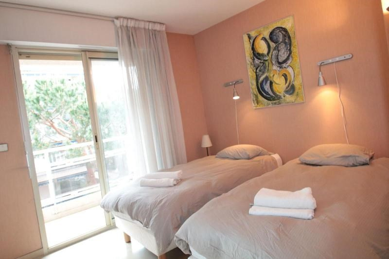 Deluxe sale apartment Cannes 699000€ - Picture 4