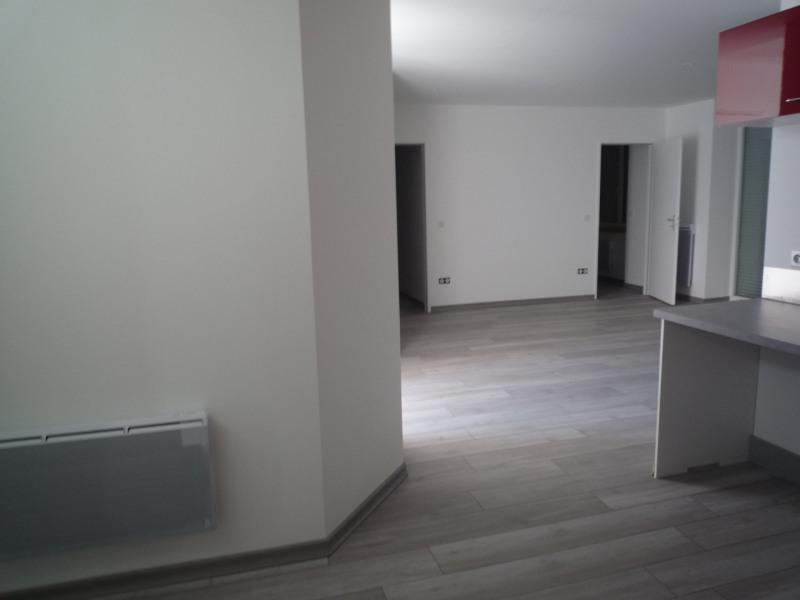Rental apartment Le chambon sur lignon 490€ CC - Picture 1