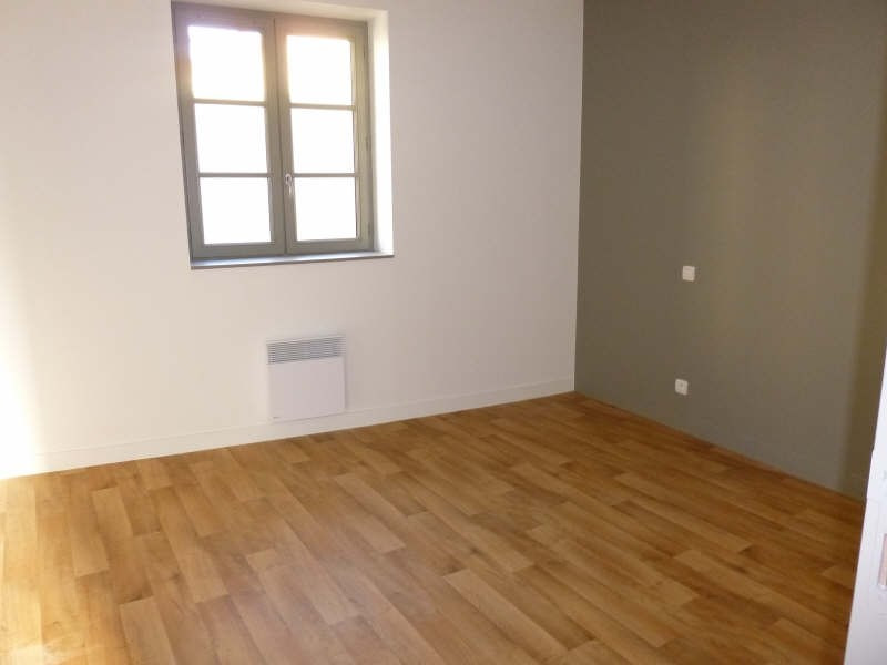 Rental apartment Poitiers 779€ CC - Picture 2