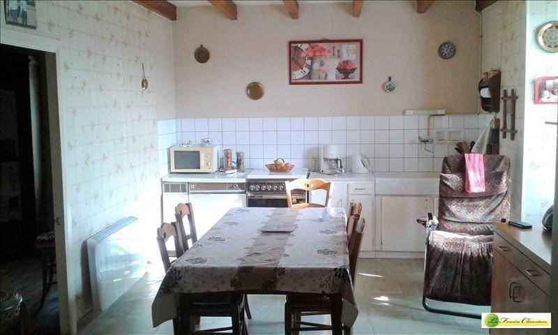 Vente maison / villa Fontaine chalendray 138000€ - Photo 3