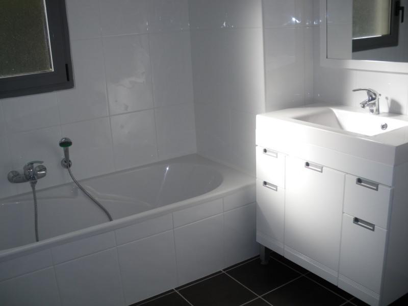 Rental apartment Saint-raphaël 1024€ CC - Picture 8