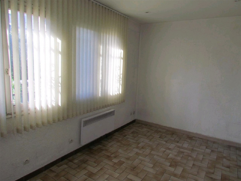 Location local commercial Champigny sur marne 800€ CC - Photo 3