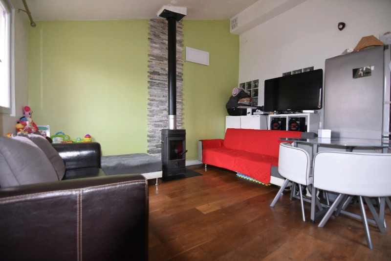 Sale apartment Persan 164 000€ - Picture 1