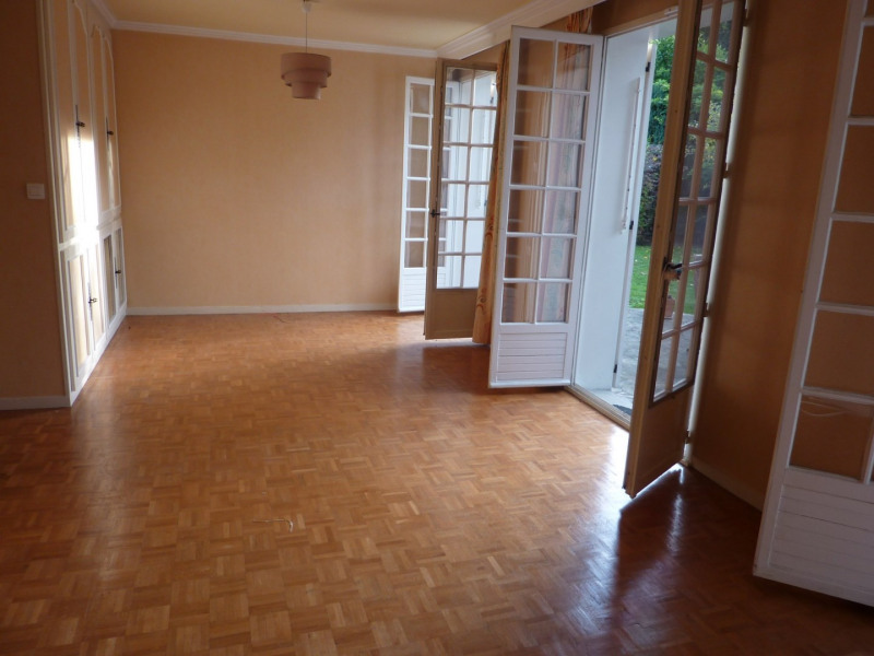 Sale house / villa Les ulis 374000€ - Picture 6