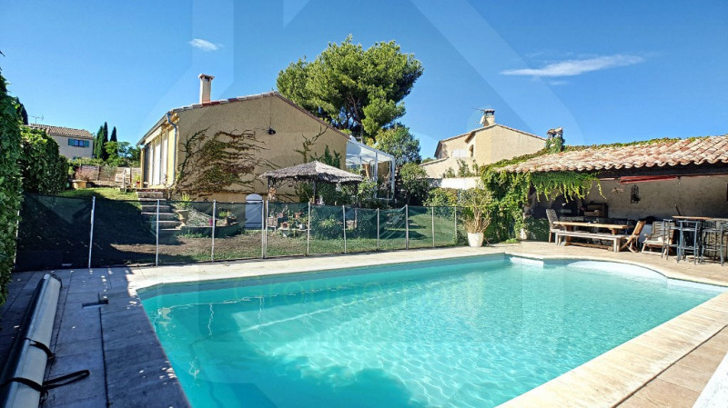 Sale house / villa Vitrolles 510 000€ - Picture 1