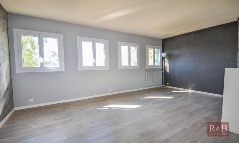 Sale apartment Maurepas 149000€ - Picture 1