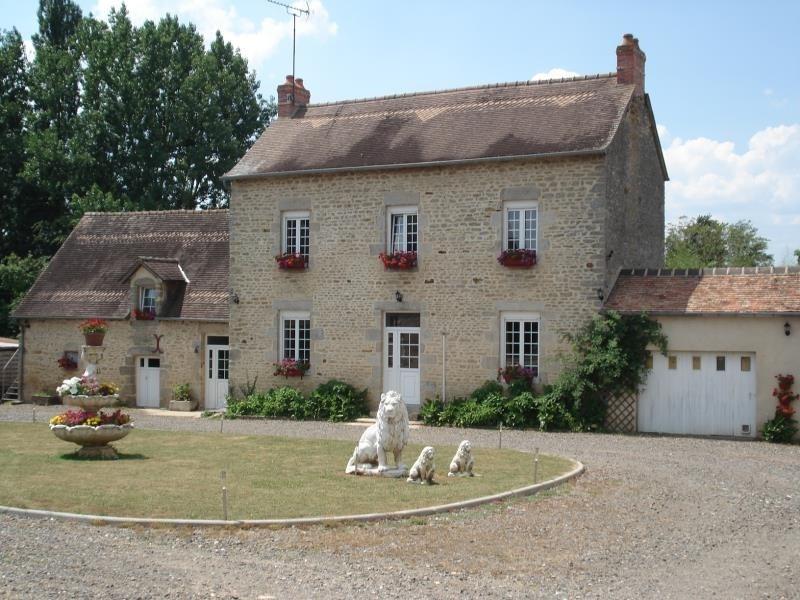 Sale house / villa Damigny 328000€ - Picture 1