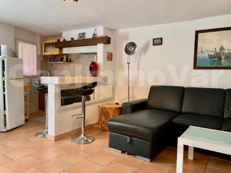 Sale apartment Le beausset 115000€ - Picture 2