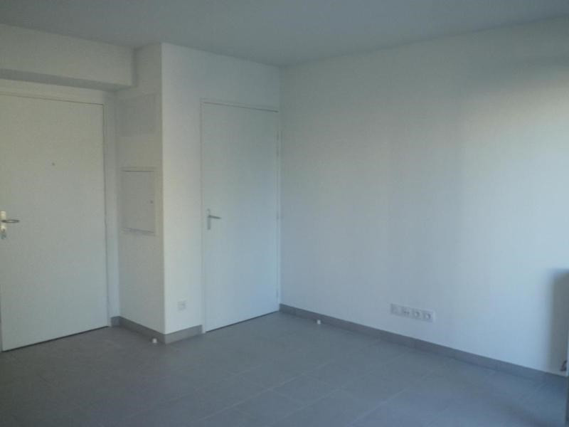Location appartement Oullins 700€ CC - Photo 9