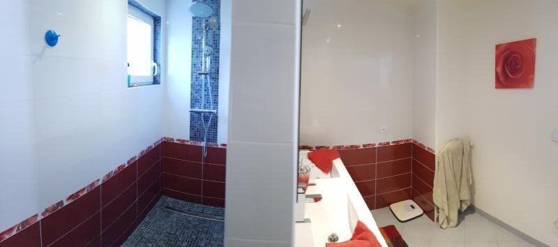 Sale house / villa Guichainville 217900€ - Picture 4
