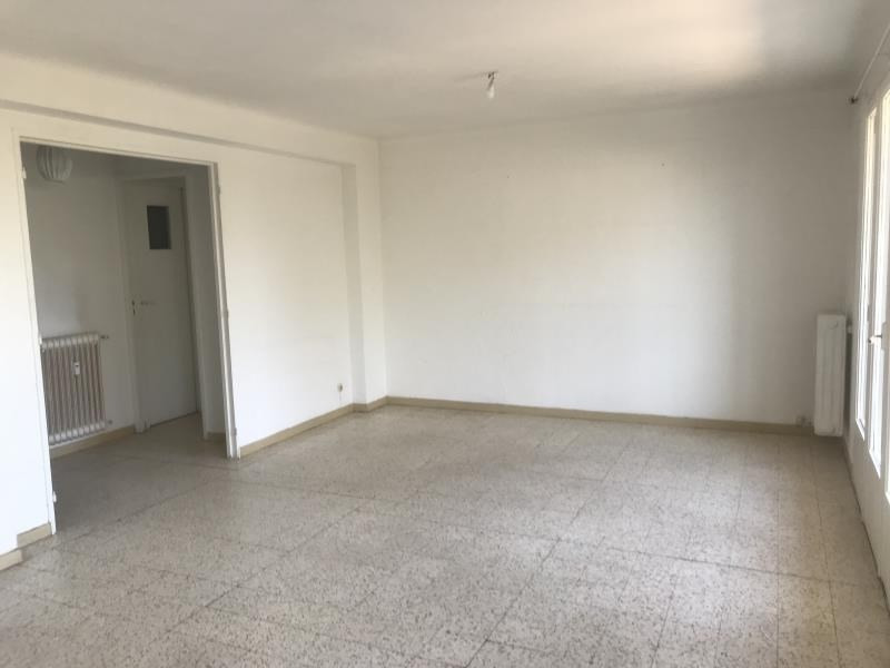 Location appartement Toulon 830€ CC - Photo 3