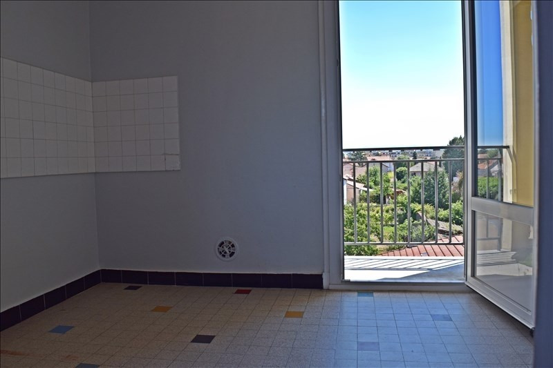 Sale apartment Riorges 65000€ - Picture 3