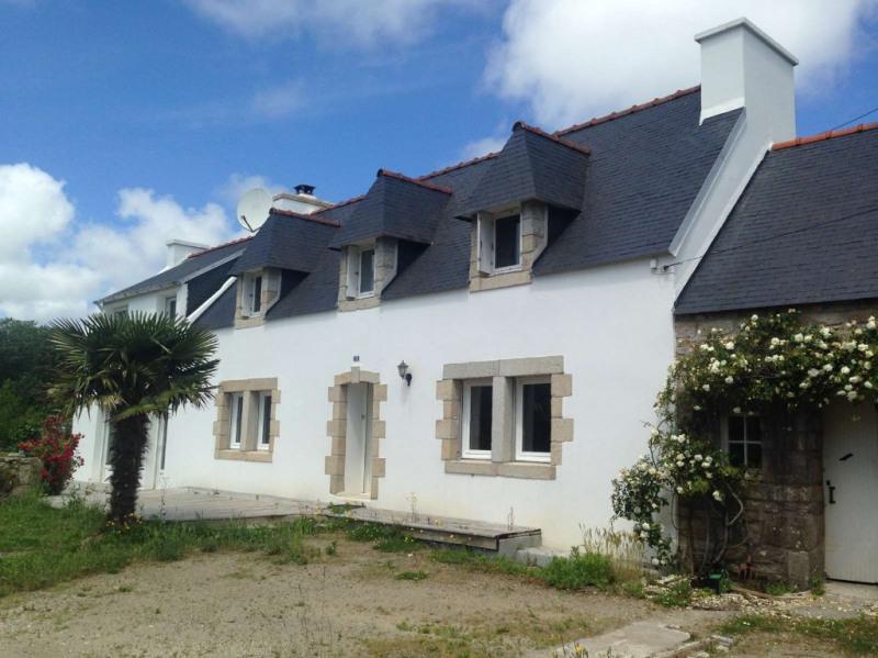 Sale house / villa Plouhinec 198800€ - Picture 1