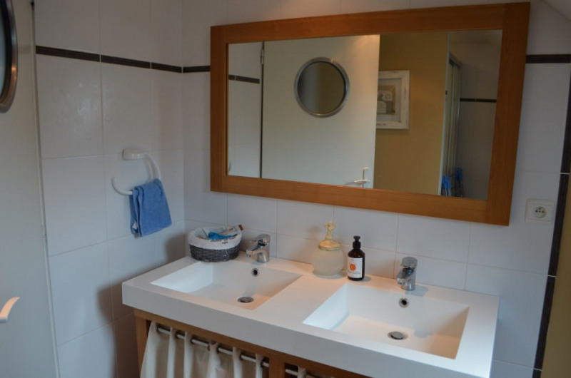 Sale house / villa Marcillac-saint-quentin 355100€ - Picture 14