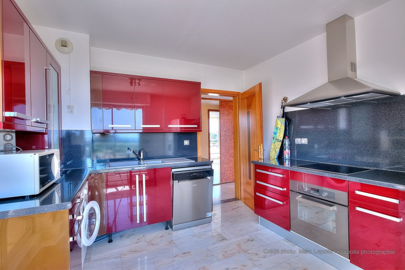 Deluxe sale apartment Antibes 895000€ - Picture 8