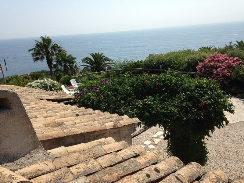 Vacation rental house / villa Les issambres 1500€ - Picture 14