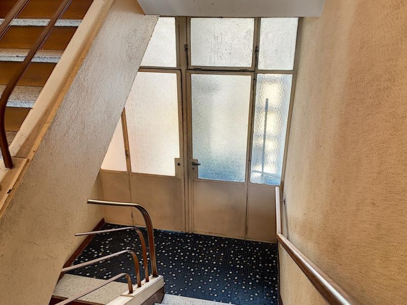 Revenda apartamento Lyon 8ème 139000€ - Fotografia 6