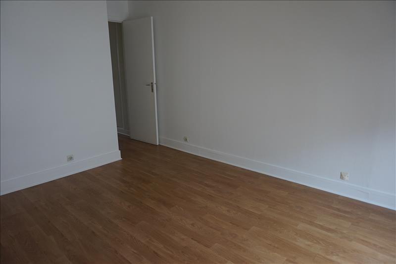 Verhuren  appartement Courbevoie 1400€ CC - Foto 6