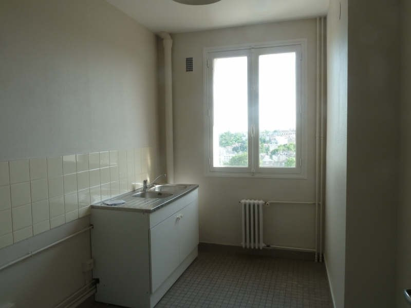 Sale apartment Poitiers 107 000€ - Picture 3