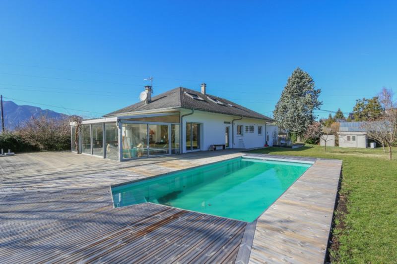 Villa à Mouxy 9 pièces 240 m² - Calme - Piscine