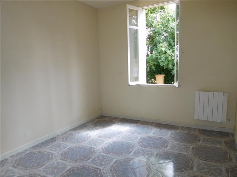 Location maison / villa St andre de cubzac 712€ CC - Photo 5
