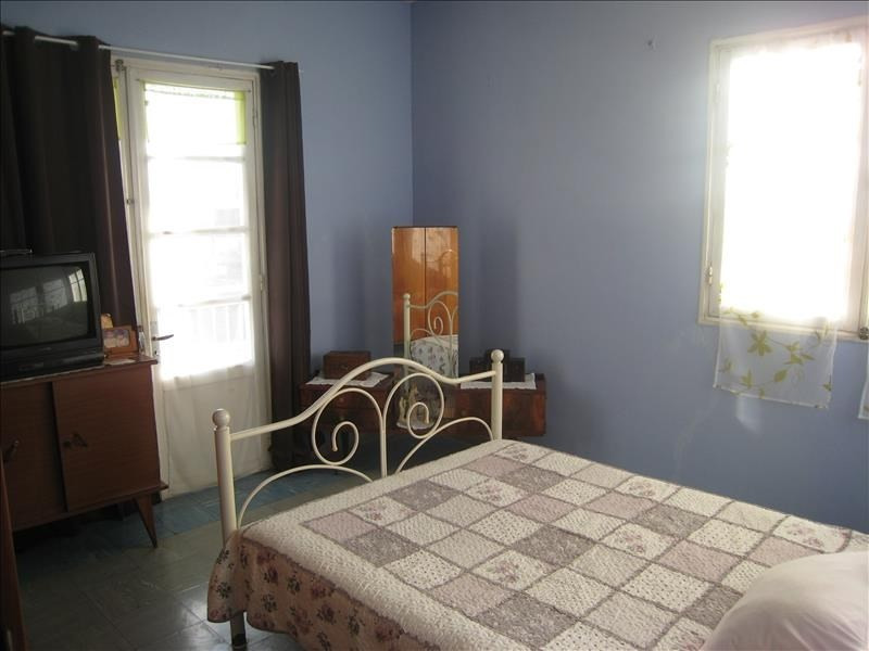 Sale house / villa Le port 254400€ - Picture 6