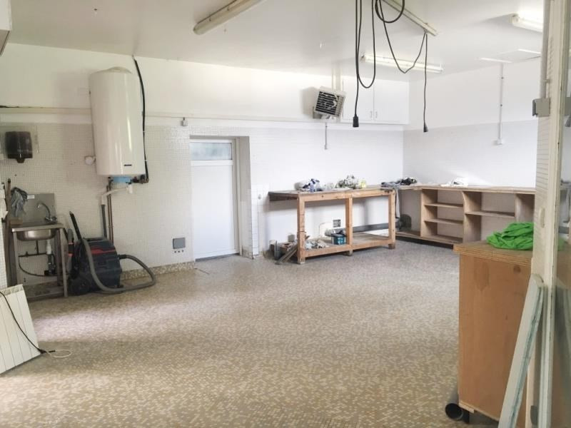 Location local commercial Fougeres 600€ HT/HC - Photo 2
