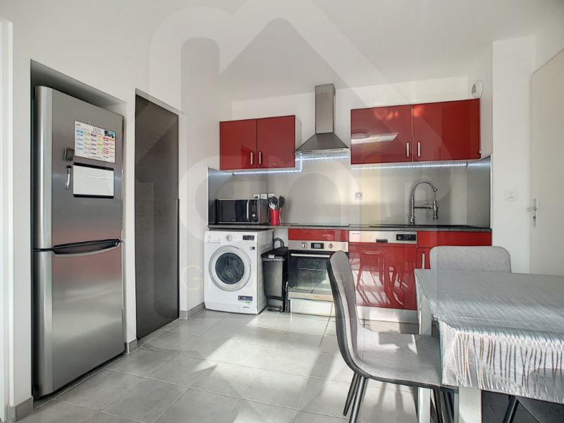 Alquiler  apartamento Vitrolles 850€ CC - Fotografía 3
