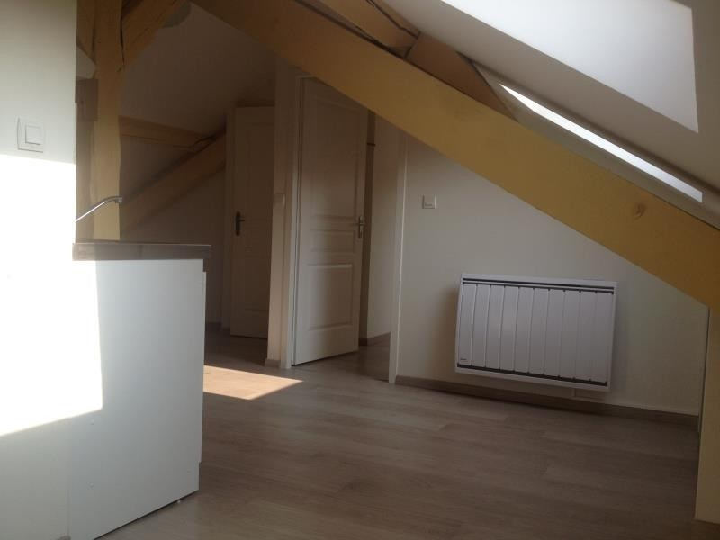 Rental apartment Dijon 415€ CC - Picture 1
