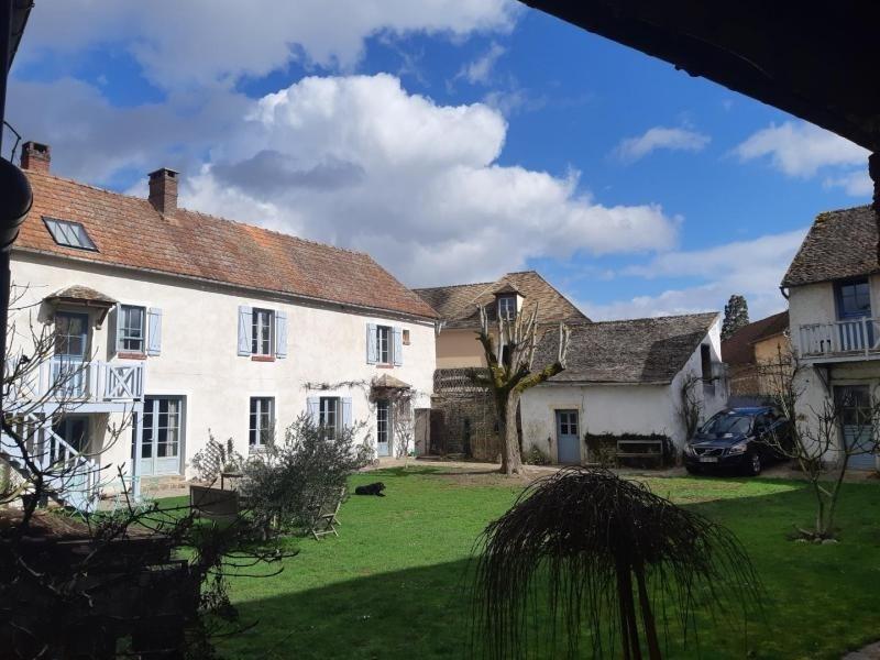 Sale house / villa Houdan 545000€ - Picture 1