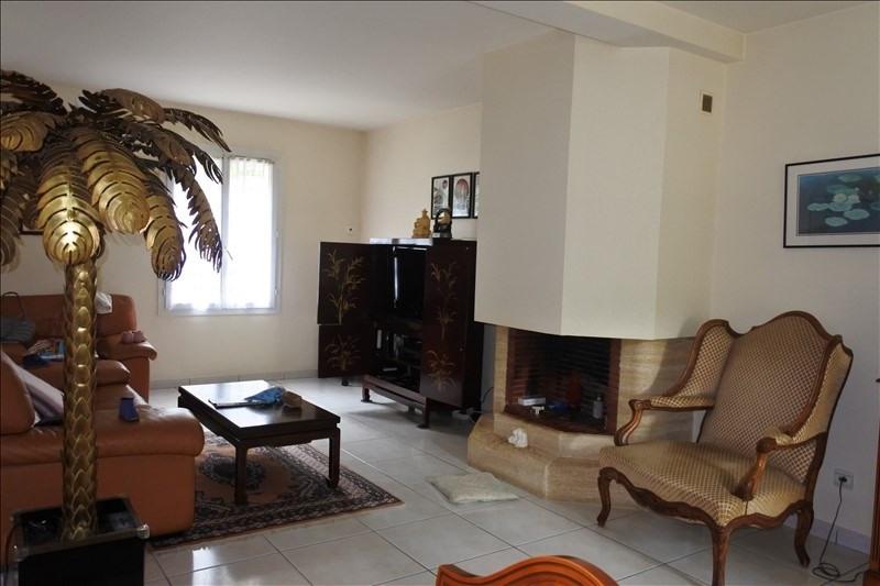 Sale house / villa St germain en laye 936000€ - Picture 4