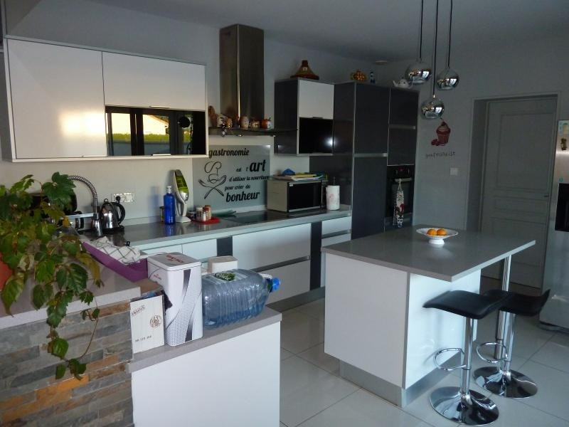 Sale house / villa Niort 262 500€ - Picture 5