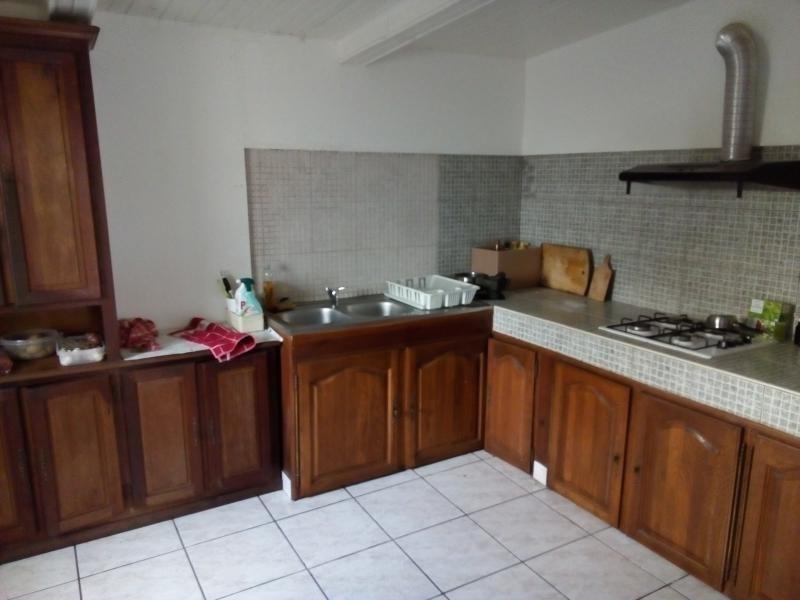Location maison / villa St leu 869€ CC - Photo 4
